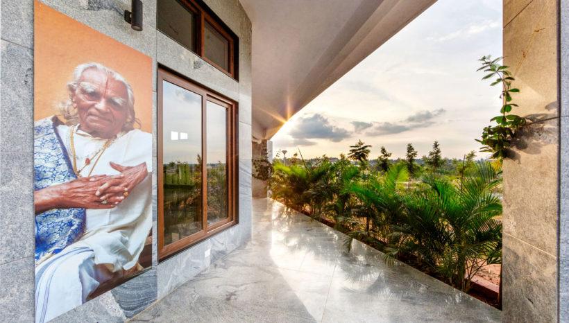 Yoga Center- Corridor